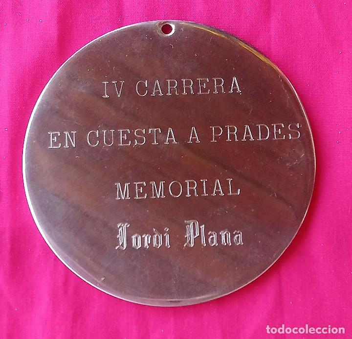 Coleccionismo deportivo: Escuderia Scipio. Medalla commemorativa IV Carrera en Cuesta a Prades 3/11/1974 - Foto 2 - 194709270