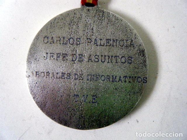 Coleccionismo deportivo: MEDALLA HONORÍFICA CLUB CICLISTA BERCIANO Ponferrada - Foto 2 - 195200960