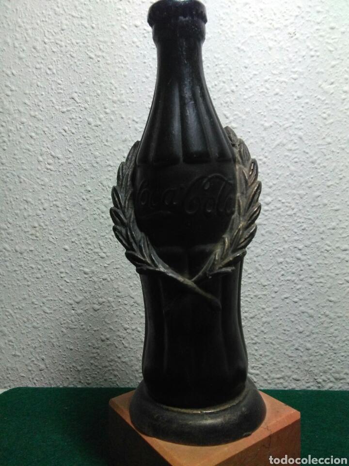 Coleccionismo deportivo: Trofeo en forma de botella de coca-cola - Foto 7 - 195252303