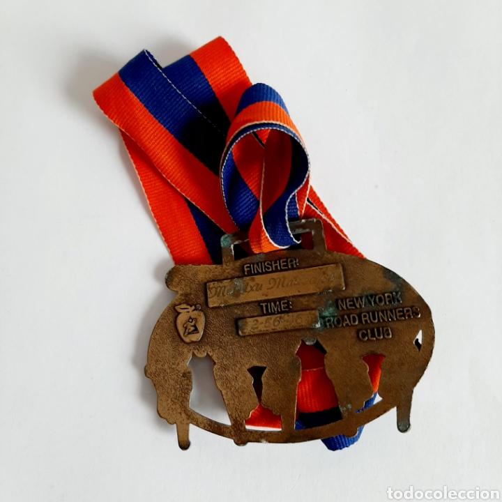 Coleccionismo deportivo: Medalla Maratón de Nueva York * New York City Marathon 1998 - Foto 2 - 195265627