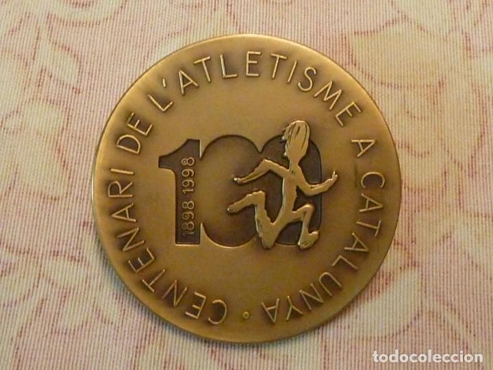 Coleccionismo deportivo: MEDALLA CENTENARI DE L'ATLETISME A CATALUNYA 1898-1998 - Foto 4 - 198389047