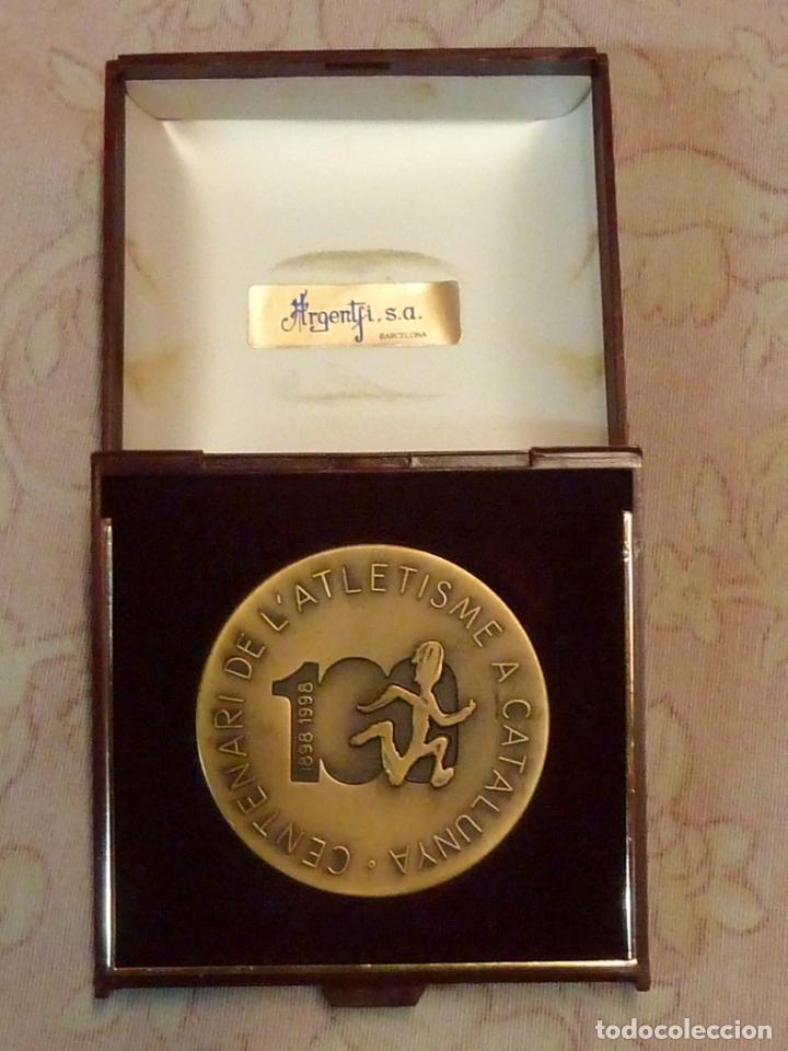 MEDALLA CENTENARI DE L'ATLETISME A CATALUNYA 1898-1998 (Coleccionismo Deportivo - Medallas, Monedas y Trofeos - Otros deportes)