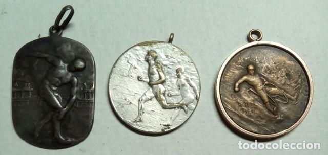 Coleccionismo deportivo: 3 Antiguas medallas Rodel Heil, Sporting 1927 y lanzador - Foto 3 - 198612270