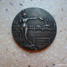 Coleccionismo deportivo: ANTIGUA MEDALLA REGATA INTERNACIONAL VOM 1906 - 2.000 METROS. PLATA. Lote 199864382