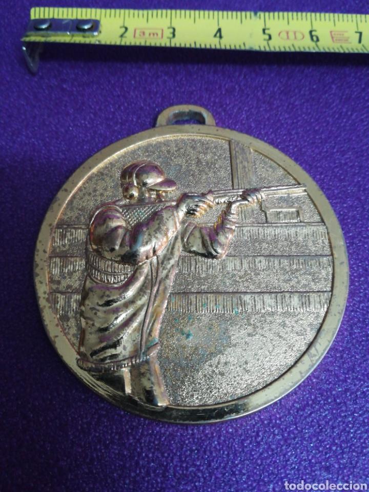MEDALLA DE TIRO AL PLATO ENA (HUESCA) 1987 PICHÓN (Coleccionismo Deportivo - Medallas, Monedas y Trofeos - Otros deportes)