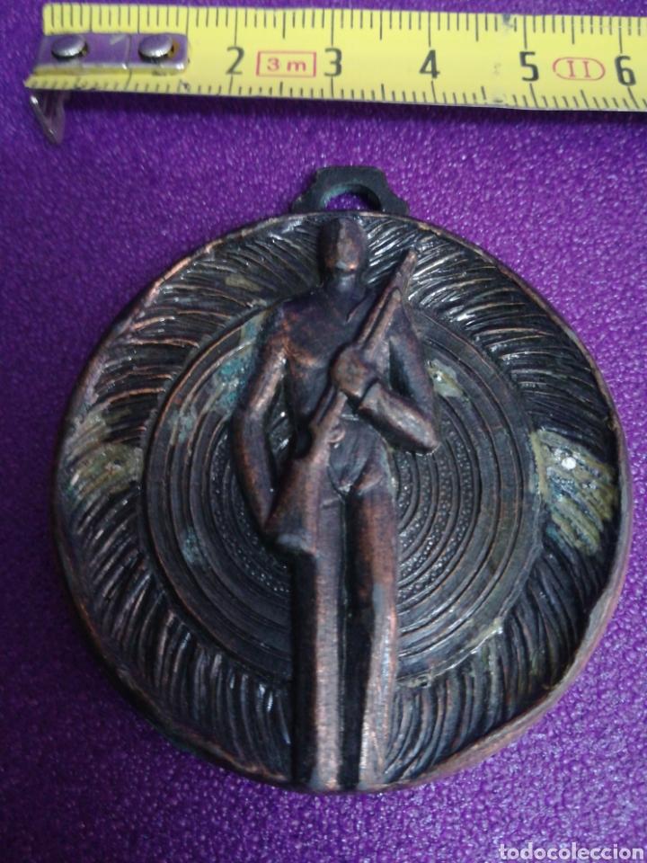 ANTIGUA MEDALLA DE TIRO AL PLATO O PICHÓN (Coleccionismo Deportivo - Medallas, Monedas y Trofeos - Otros deportes)