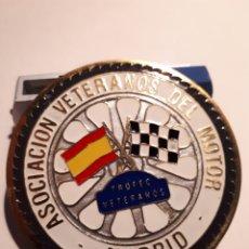 Collectionnisme sportif: ASOCIACIÓN DE VETERANOS DEL MOTOR, TROFEO DE VETRANOS ( 5CM. DIAMETRO). Lote 206505767