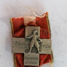 Coleccionismo deportivo: INSIGNIA BERN KANT-TURNFEST, HERZOGEN BUCHSEE, AÑO 1946. Lote 210633969