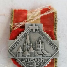 Coleccionismo deportivo: INSIGNIA FINALES DU CHAMP, SSSE AUX ENGINS, LAUSANNE, AÑO 1944. Lote 210634108