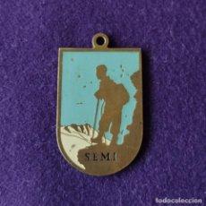 Coleccionismo deportivo: MEDALLA DE S.E.M.I. SOCIEDAD EXCURSIONISTA MANUEL IRADIER. VITORIA. 1952. 1ªCATEGORIA A JUAN SALAZAR. Lote 212847373