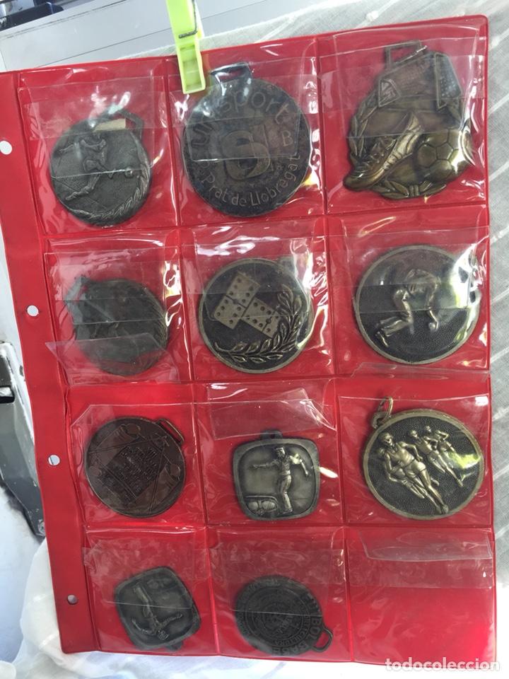 Coleccionismo deportivo: Gran lote 85 Medallas Deportivas ,con archivador - Foto 8 - 213682055