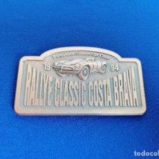Coleccionismo deportivo: PLACA RALLYE CLASSIC COSTA BRAVA 1994 -BARCELONA CLASSIC CAR CLUB-. Lote 214228190