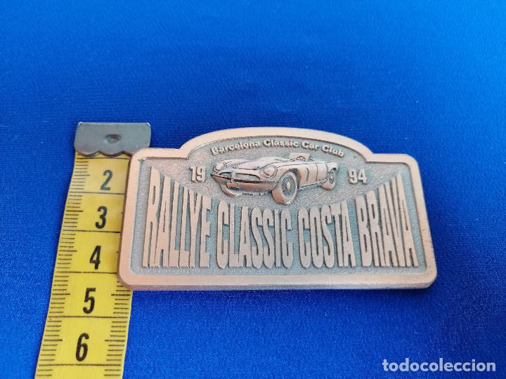 Coleccionismo deportivo: PLACA RALLYE CLASSIC COSTA BRAVA 1994 -BARCELONA CLASSIC CAR CLUB- - Foto 5 - 214228190