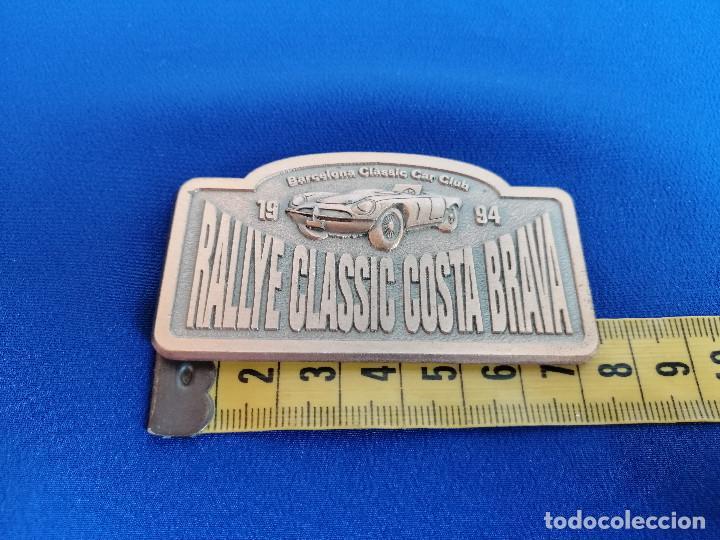 Coleccionismo deportivo: PLACA RALLYE CLASSIC COSTA BRAVA 1994 -BARCELONA CLASSIC CAR CLUB- - Foto 6 - 214228190