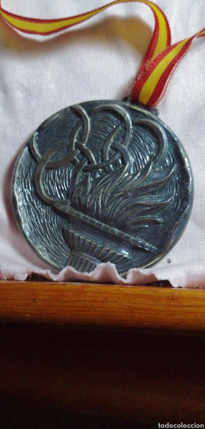 ANTIGUA MEDALLA DE COMPETICIÓN ATLETISMO (Coleccionismo Deportivo - Medallas, Monedas y Trofeos - Otros deportes)