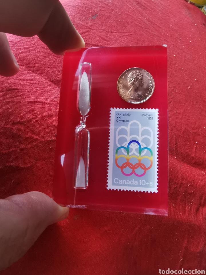 EXPOSITOR DE METACRILATO.OLIMPIADAS DE MONTREAL. 1976. (Coleccionismo Deportivo - Medallas, Monedas y Trofeos - Otros deportes)
