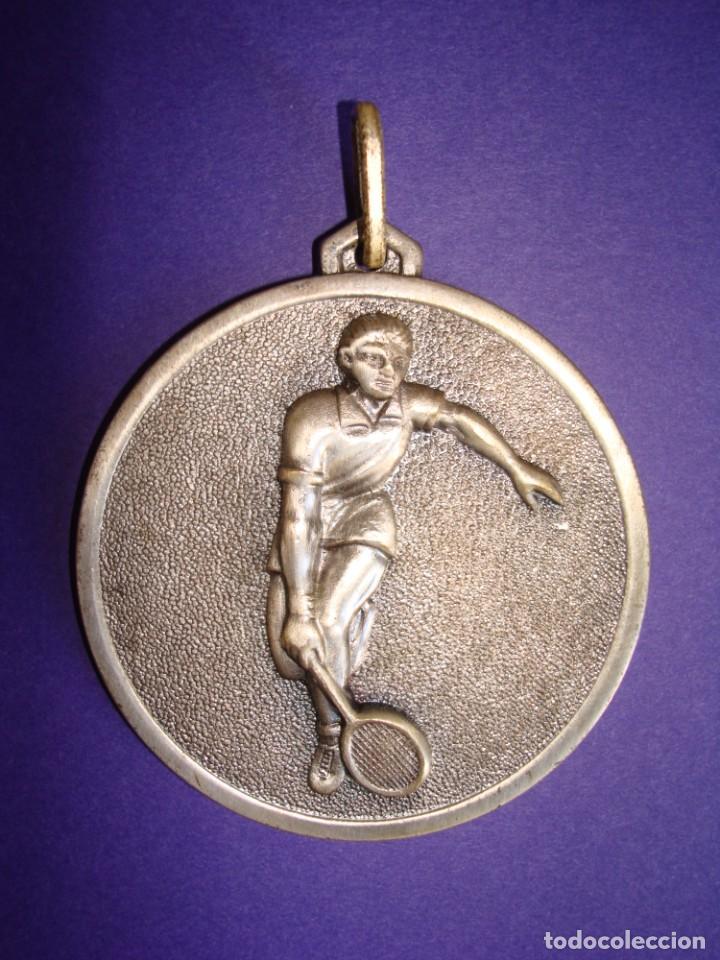 MEDALLA DE VETERANOS 1974.STADIUM VENECIA .ZARAGOZA. (Coleccionismo Deportivo - Medallas, Monedas y Trofeos - Otros deportes)