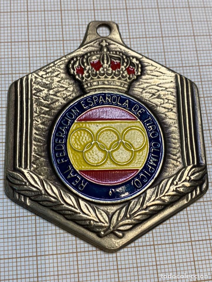 Coleccionismo deportivo: Medalla Bronce Real Federación Española de Tiro Olimpico - Foto 2 - 218994333