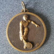 Coleccionismo deportivo: ANTIGUA MEDALLA TENIS 93. Lote 220622261