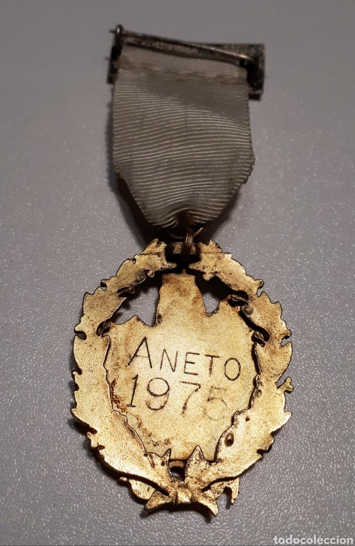Coleccionismo deportivo: Medalla Aneto, 1975. - Foto 2 - 221511932