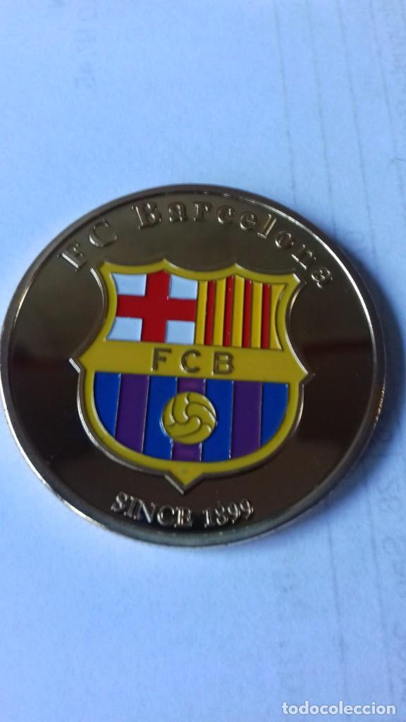 Coleccionismo deportivo: Gran medallon de Leo Messi - Foto 2 - 222536397