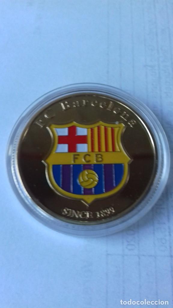 Coleccionismo deportivo: Gran medallon de Leo Messi - Foto 6 - 222536397