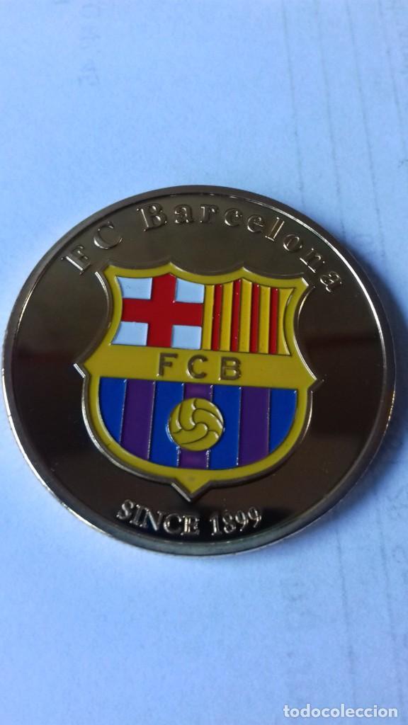 Coleccionismo deportivo: Gran medallon de Leo Messi - Foto 8 - 222536397