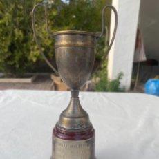 Coleccionismo deportivo: COPA TROFEO CLUB PETANCA BOBADILLA AÑOS 70 TRIPLETA CAMPEONA LAS ENCILLAS DE BODILLA PLATA O SIMILAR. Lote 242477740