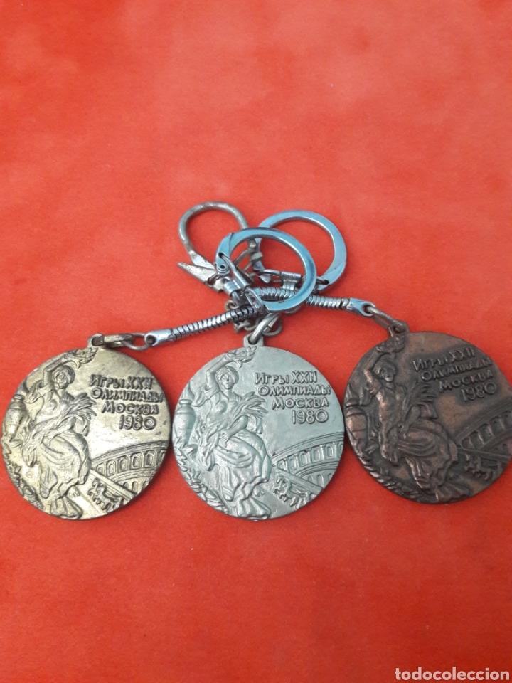 LLAVEROS MEDALLAS JUEGOS OLÍMPICOS MOSCÚ 1980 ORO , PLATA Y BRONCE 4CM (Coleccionismo Deportivo - Medallas, Monedas y Trofeos - Otros deportes)