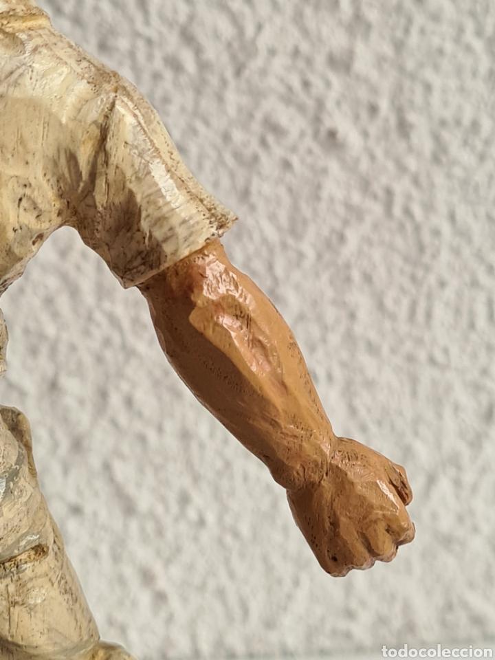 Coleccionismo deportivo: Talla Figura Pelotari firma Alberdi sobre peana mármol - Pelota Vasca - Decoración País Vasco - Foto 26 - 262128525
