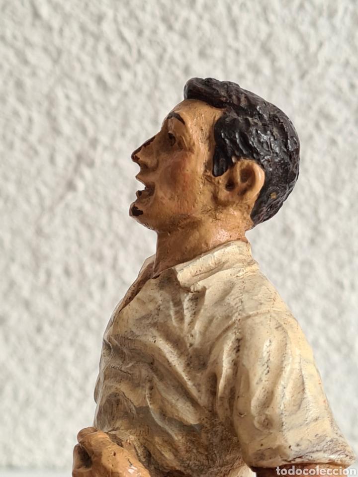 Coleccionismo deportivo: Talla Figura Pelotari firma Alberdi sobre peana mármol - Pelota Vasca - Decoración País Vasco - Foto 34 - 262128525