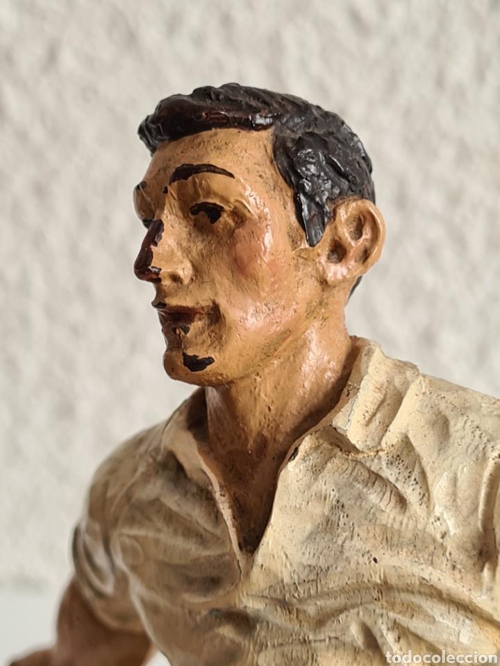 Coleccionismo deportivo: Talla Figura Pelotari firma Alberdi sobre peana mármol - Pelota Vasca - Decoración País Vasco - Foto 37 - 262128525