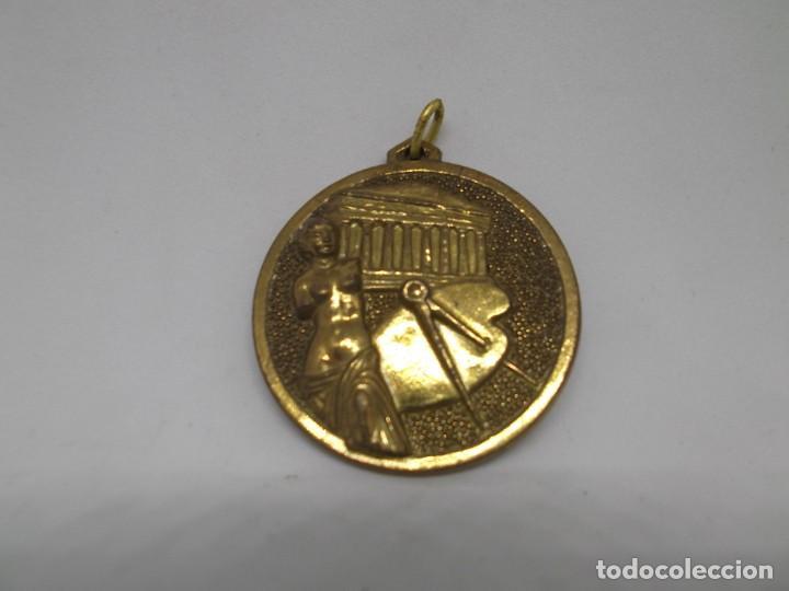 16 MEDALLAS DE DIBUJO DORADAS.CEBRIAN.SIN USO (Coleccionismo Deportivo - Medallas, Monedas y Trofeos - Otros deportes)