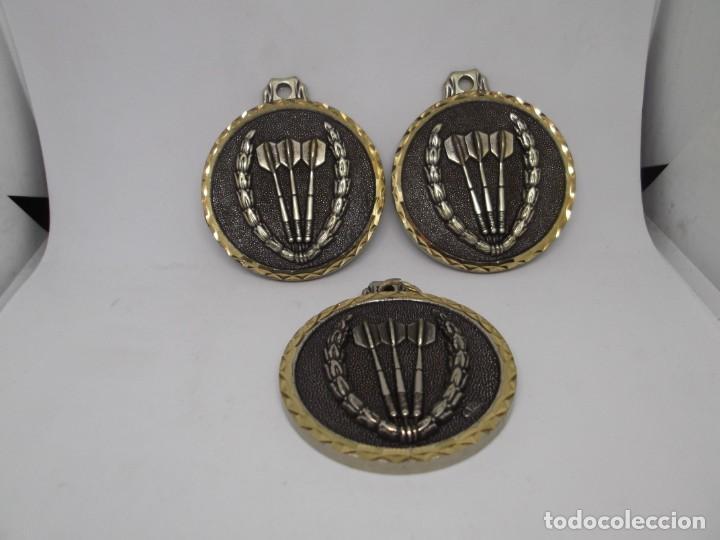 3 MEDALLAS DE DARDOS GRANDES DE BRONCE FORJADO.CEBRIAN.SIN USO (Coleccionismo Deportivo - Medallas, Monedas y Trofeos - Otros deportes)