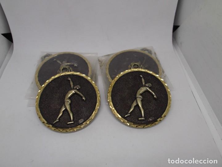 Coleccionismo deportivo: 6 Medallas de Gimnasia Ritmica grandes de bronce forjado.Cebrian.Sin uso - Foto 3 - 262944705