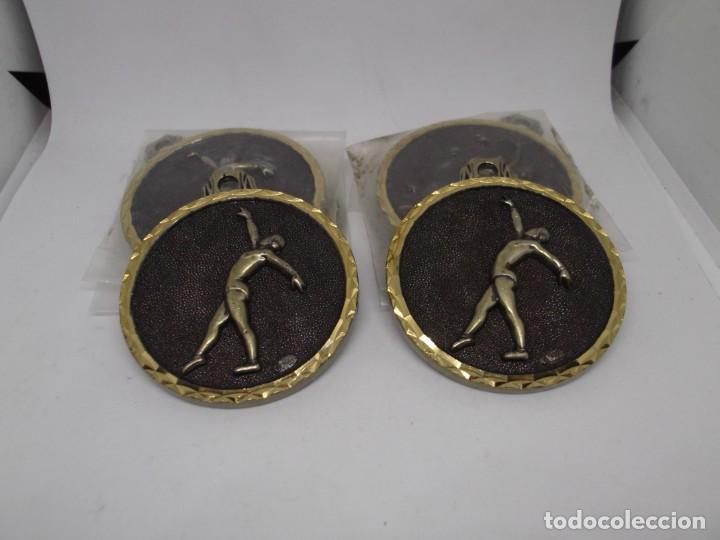 Coleccionismo deportivo: 6 Medallas de Gimnasia Ritmica grandes de bronce forjado.Cebrian.Sin uso - Foto 6 - 262944705