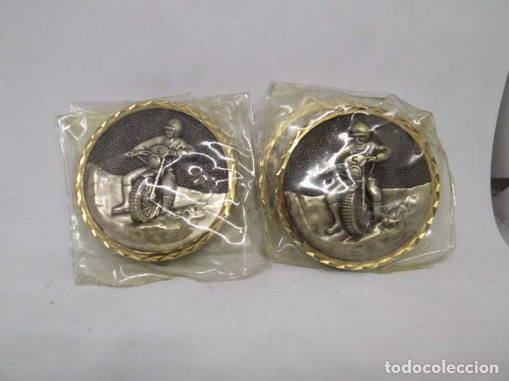Coleccionismo deportivo: 4 Medallas de Motocross con bisel.Sin asa y reasa.Cebrian.Sin uso - Foto 2 - 263016885
