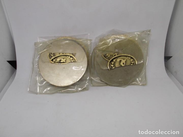 Coleccionismo deportivo: 4 Medallas de Motocross con bisel.Sin asa y reasa.Cebrian.Sin uso - Foto 3 - 263016885
