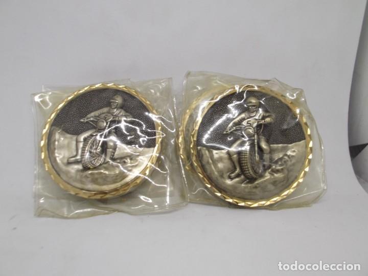 Coleccionismo deportivo: 4 Medallas de Motocross con bisel.Sin asa y reasa.Cebrian.Sin uso - Foto 4 - 263016885