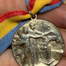Coleccionismo deportivo: MEDALLA CLUB ESPAÑOL COLOCACION DE LA PRIMERA PIEDRA DEL EDIFICIO SOCIAL 27-9-1908. Lote 263639750