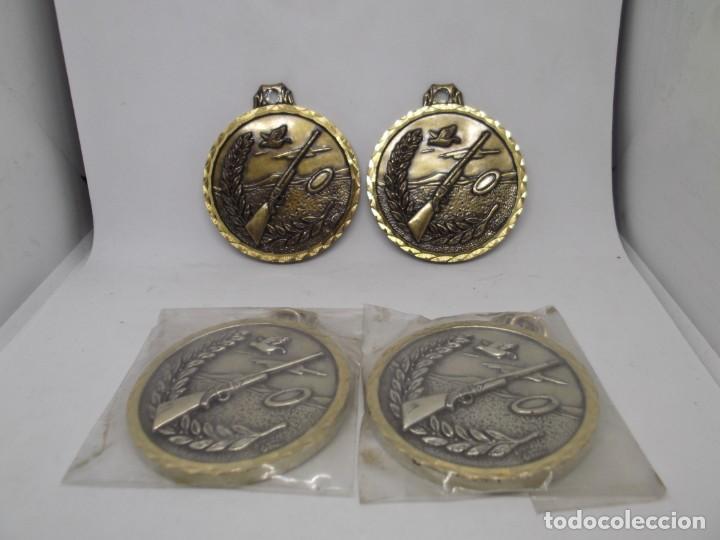 Coleccionismo deportivo: 4 Medallas antiguas de tiro al plato.Cebrian.Nuevas - Foto 3 - 263764245