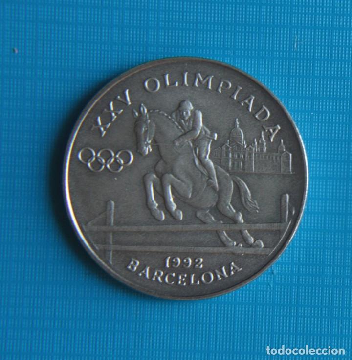 Coleccionismo deportivo: JUEGOS OLIMPICOS DE BARCELONA. 1992. JOCS OLIMPICS DHIVERN ALBERTVILLE. - Foto 2 - 263790845