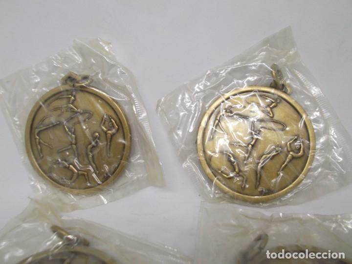 4 MEDALLAS DORADAS DE GIMNASIA RITMICA.CEBRIAN,VINTAGE (Coleccionismo Deportivo - Medallas, Monedas y Trofeos - Otros deportes)