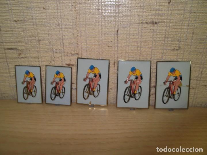 Coleccionismo deportivo: 5 Placas medallas de ciclismo.Vintage - Foto 2 - 266132508
