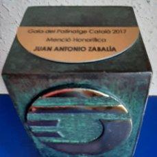 Coleccionismo deportivo: (F-210720)MENCION HONORIFICA GALA DEL PATINATGE CATALA A JUAN ANTONIO ZABALIA ROBLES-HOCKEY. Lote 275924733