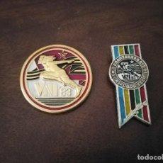 Coleccionismo deportivo: 2 INSIGNIAS ATLETISMO ANTIGUA URSS.. Lote 276437118