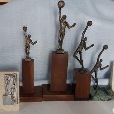 Coleccionismo deportivo: TROFEOS Y MEDALLAS DE BALONCESTO AÑOS 80. Lote 276542818