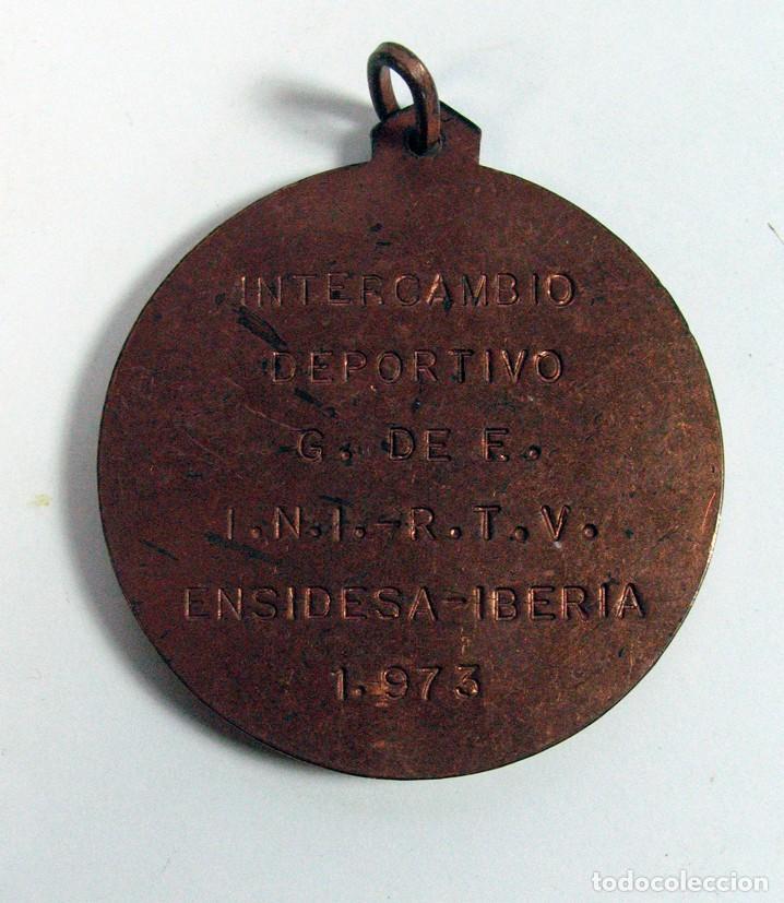 MEDALLA INTERCAMBIO DEPORTIVO ENSIDESA – IBERIA. 1973. ASTURIAS (Coleccionismo Deportivo - Medallas, Monedas y Trofeos - Otros deportes)