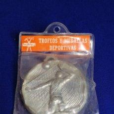 Coleccionismo deportivo: TROFEOS Y MEDALLAS DEPORTIVAS MEDALLA EN SU EN SU FUNDA ORIGINAL. Lote 287544833