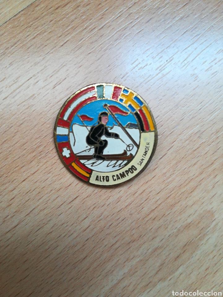 INSIGNIA EMBLEMA ALTO CAMPOO SANTANDER. (Coleccionismo Deportivo - Medallas, Monedas y Trofeos - Otros deportes)